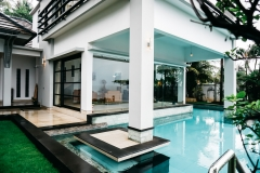 Zwembad van terras